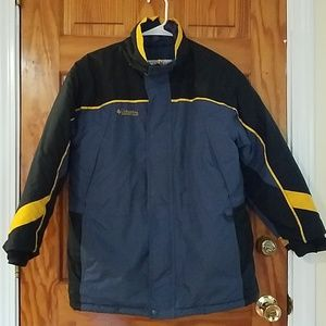 Boy's Columbia Winter Coat 14/16 WARM!